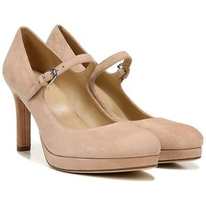 Naturalizer Nude Genuine Suede Mary Jane Pumps 7.5